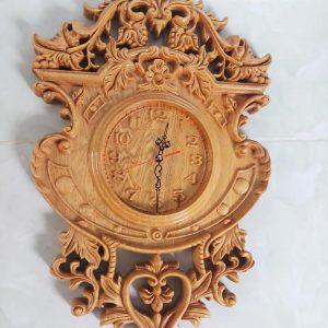đồng hồ gỗ pơ mu
